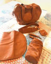 wickeltasche von der Marke Baby