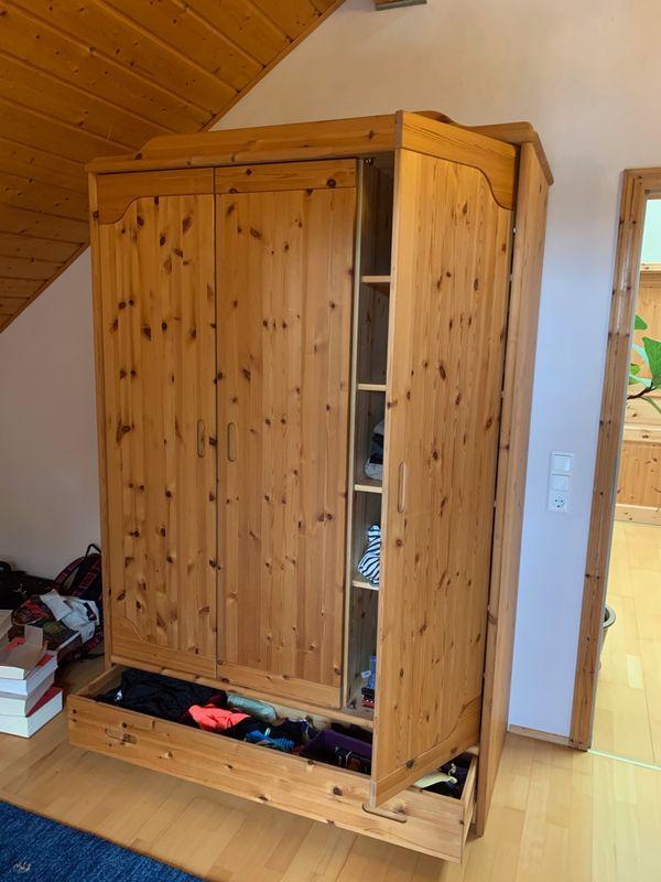 Kleiderschrank Kiefer Massiv In Wachenheim Schränke