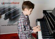 Kawai Klavier Modell K 15