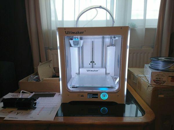 Ultimaker 3 3D-Drucker - sehr guter Zustand