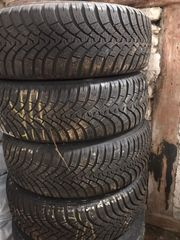 komplette Reifen