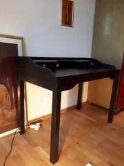 Schreibtisch von IKEA wegen Umzug