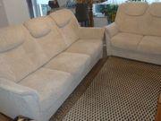 3 und 2 Sofa mit