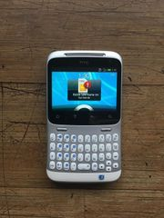 HTC ChaCha Mobiltelefon ohne SIM-Lock