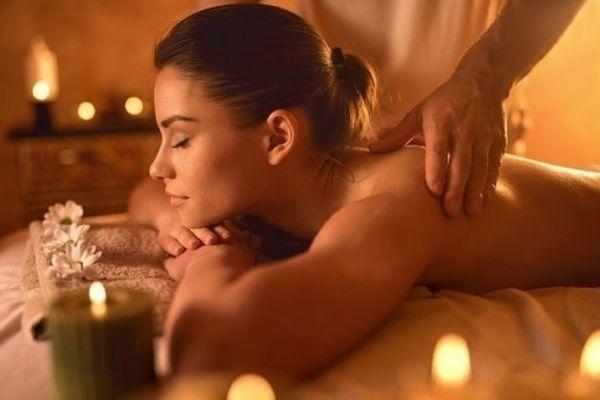 Erotische massage nur für Damen