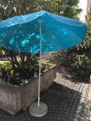 2× Sonnenschirm