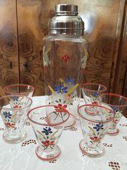 Shaker mit 6 Gläschen