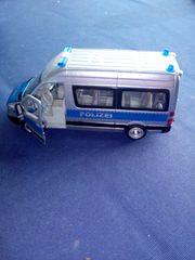 Polizei Mannschaftswagen Siku 2313 Metall