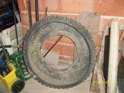 LKW-Reifen als Sandkasten Einfassung