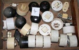 Bild 4 - Stecker Steckdosen Schalter Sicherungen alt - Neundorf