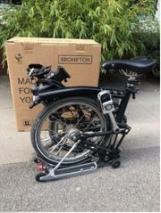 Brompton Faltrad mit Narbendynamo schwarz