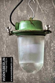 1 50 Kleine grüne Industrielampen