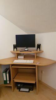 Computerecktisch mit Drehstuhl