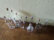 verschiedene Flaschen für Likör