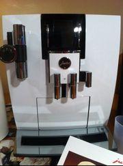 Jura J6 weiß Kaffeemaschine mit