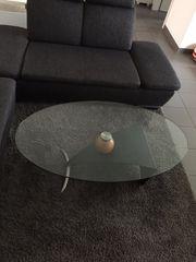 Couchtisch mit drehbarer Glasplatte
