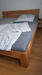 Bett inklusive Lattenroste