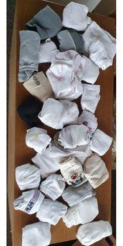 32 Paar Strümpfe Socken 39-42