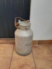 BASF Milchkanne