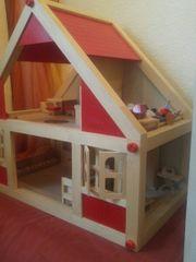 vollmöbiliertes Holz Puppenhaus