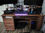 Schreibtisch - PC Tisch