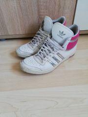Adidas Sleek Series Gr 39