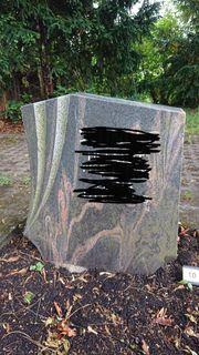 Grabstein aus Granitstein kostenlos