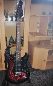 E-Gitarre der Marke Roxvill