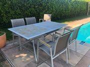 Gartentisch mit 4 Sesseln zu