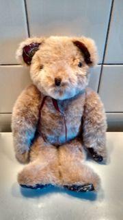 zu verkaufen schöner alter Teddybär