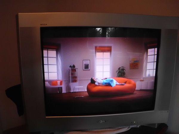 Röhrenfernseher Sony Flachbildschirm ca 69