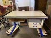 Moll Schreibtisch mit 2 Rollcontainern