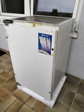 Einbaukühlschrank: Kleinanzeigen aus Karlsruhe Waldstadt - Rubrik Kühl- und Gefrierschränke