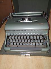 Kofferschreibmaschine sehr gut erhalten