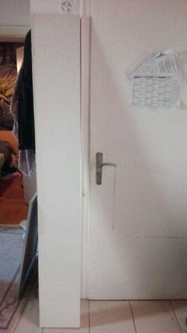 Ikea Regal leicht beschädigt