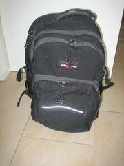 Eastpak Rucksack mit Laptopfach Schultasche