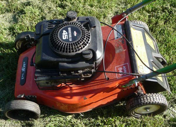 Rasenmäher AGRIA 648 mit Verbrennungsmotor