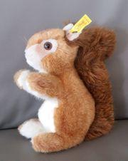 Plüschtier STEIFF Eichhörnchen Niki 21cm