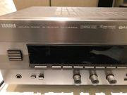 Stereo Receiver Yamaha RX-V 393