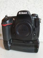 Nikon D300S inkl MB-D-10 und