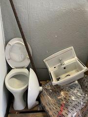 Verschenke Waschbecken und Wc