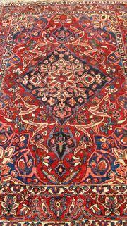 Orientteppich mit Unterlage