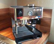 Espressomaschine LELIT mit eingebauter Kaffeemühle
