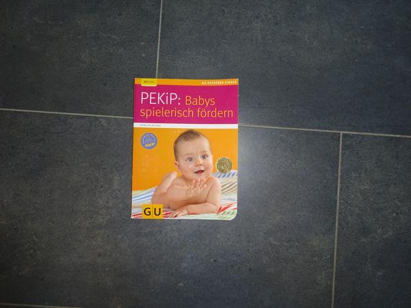 Pekip Babies spielerisch fördern