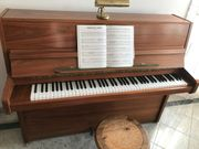 Klavier von der Traditionsfirma Wagner