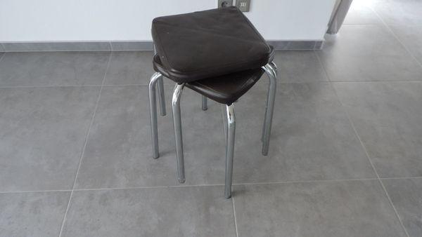 6 Stühle Hocker