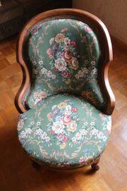 Biedermeier Sessel mit grünem Blumenmuster