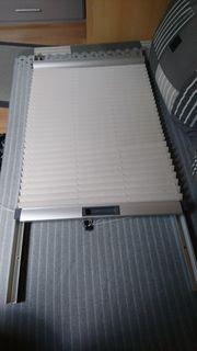 Roto Sonnenschutz-Jalousie für Dachfenster