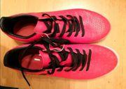 Adidas Fussballschuhe rot Turnschuhe Hallensportschuhe