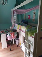 Komplettes Mädchenzimmer Hochbett Schreibtisch und